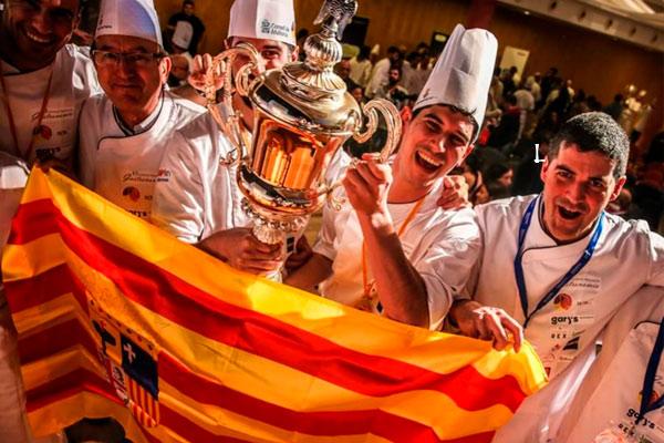 Los-Hermanos-Carcas-de-Restaurante-Casa-Pedro-Ganadores-del-premio-mejores-cocineros-de-España